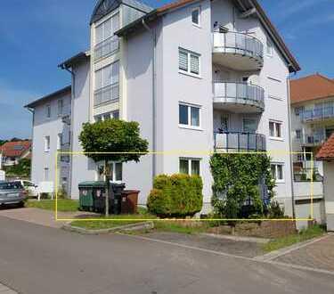 Neuwertige 4-Zimmer-Wohnung mit Balkon in Eisenberg