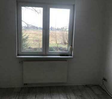 Schöne, vollständig sanierte 2-Zimmer-Hochparterre-Wohnung in Falkensee
