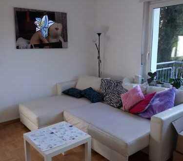 Helle 3,5-Zimmer-Wohnung mit Balkon und EBK in Karlsruhe