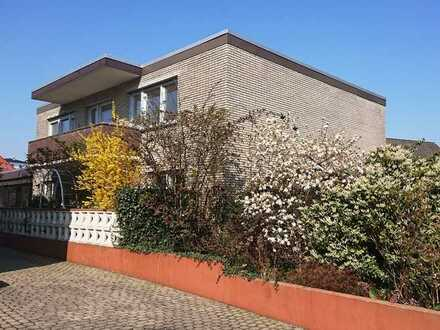 CENTURY21: Geräumige Erdgeschosswohnung mit Terrasse in Eversten