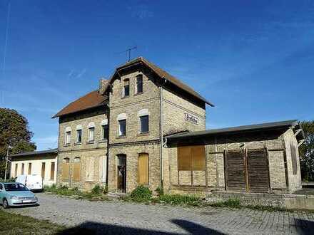 ehem. Bahnobjekt mit Anbau in Bretleben (bei Sangerhausen)