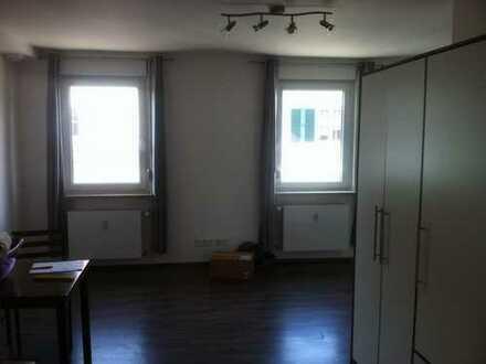 Ansprechende 1-Zimmer-Wohnung mit EBK zentral in Ansbach