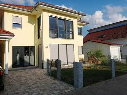 Schöne vier Zimmer Wohnung in Neckar-Odenwald-Kreis, Haßmersheim