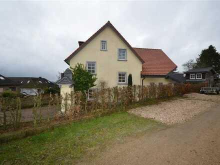 Ehemaliges. Bauerhaus mit fünf Zimmern und EBK in Blankenheim, Euskirchen (Kreis)