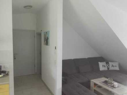 Vollständig renovierte 2-Raum-Dachgeschosswohnung in Blaustein