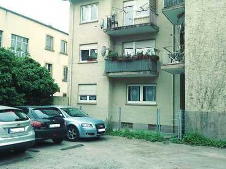 Renoviertes Appartement in einer ruhigen Seitenstrasse im Herzen der Innenstadt