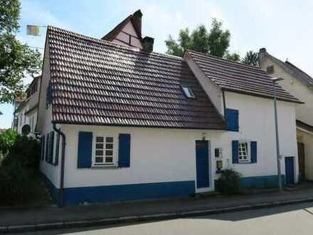 Kleines Haus zum Renovieren
