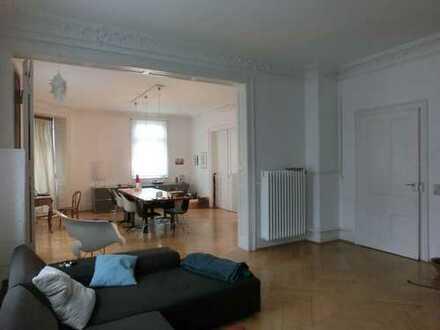 Sanierte 5 Zimmer Jugendstiletage im Stuttgarter Westen