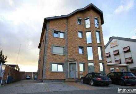 Schöne 2-Zimmer-Luxus Wohnung mit Balkon im Mischgebiet