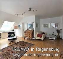 Schöne Dachgeschosswohnung mit 50 m² Dachterrasse