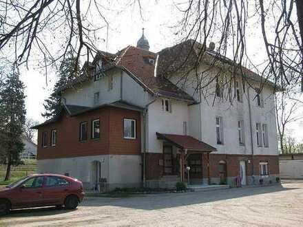 Bild_Schöne 1-Zimmer-Villenwohnung
