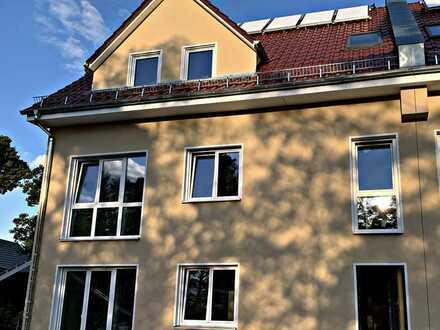 Neuwertige 3 Zimmer Erdgeschosswohnung mit großer Terrasse in Birkenwerder