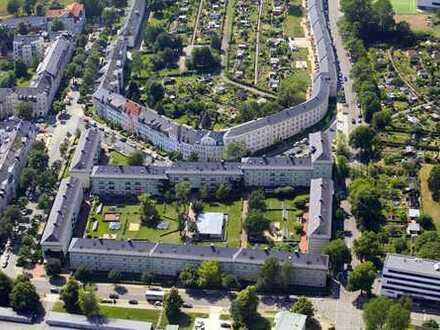 Altbauwohnung mit idealer Größe und Warmmiete: 4-Raum-Wohnung im historischen Wissmannhof