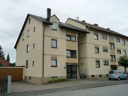 Helle, moderne 2 ZKB Galeriewohnung mit Einbauküche in Augsburg-Lechhausen