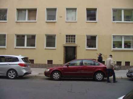 """WG-geeignet ! Renovierte 3 Zimmer Wohnung Besichtigung am 20. März. Bitte """"Sonstiges"""" beachten !"""