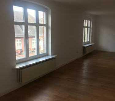Geräumige schöne 6-Zimmer Wohnung