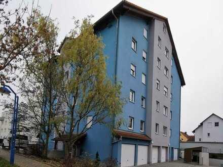 Exklusive, geräumige und gepflegte 2-Zimmer-Wohnung inkl. Stellplätze in Langenzenn *Provisionsfrei