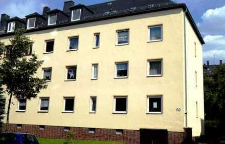 Günstige, vollständig renovierte 5-Zimmer-Maisonette-Wohnung mit Balkon in Chemnitz