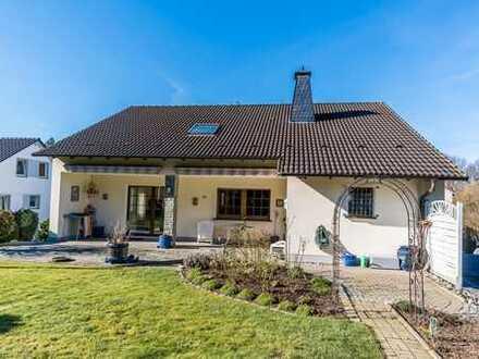 Einfamilienhaus mit Einliegerwohnung in Neheim