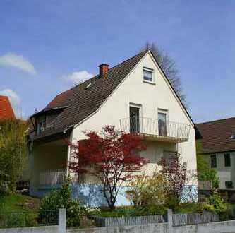 KL-Siegelbach: Zweifamilienhaus mit Garten und Garage