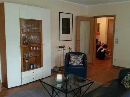 Gepflegte 3-Zimmer-Wohnung mit Balkon und Einbauküche in Bergisch Gladbach