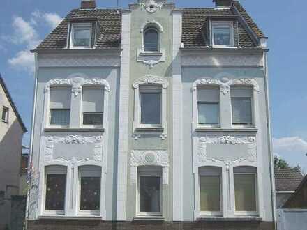 Anlageobjekt in Köln-Dünnwald !! Voll vermietetes 4-Parteien-Wohnhaus mit Potenzial !!