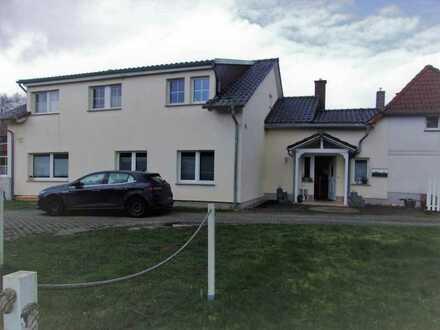 + Maklerhaus Stegemann + großzügiges Anwesen mit 4 Wohnungen auf der Insel Rügen
