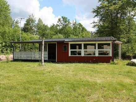 Ansprechendes Ferienhaus mit guter Lage und Nähe zum See Södersjön