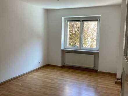Renovierte 2-Zimmer-Wohnung in Nürnberg