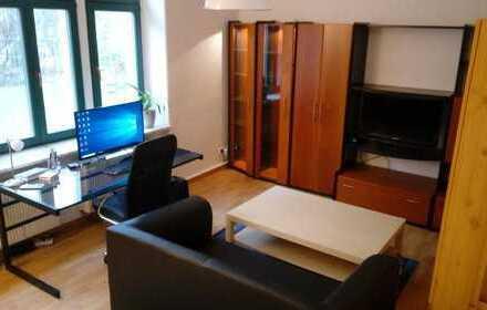 30qm Zimmer in netter 4er Wg, zentral