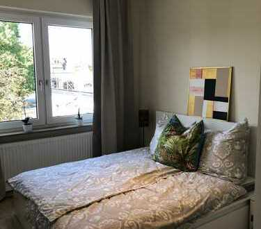 Erst Bezug! VOLL MÖBLIERTE 3-Zimmer-Wohnung mit Balkon!!! WG-GEEIGNET!