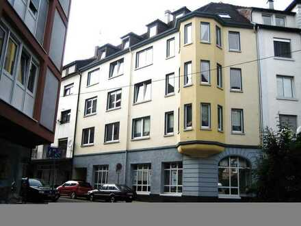 Nordstadt, schöne Neu renovierte und gut aufgeteilte 2-Zimmer-Wohnung, im 2 OG