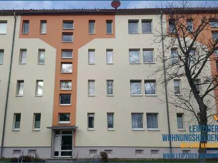 """Frisch sanierte 2-Raum-Wohnung """" Am Stadion 5"""" in Regis-Breitingen"""