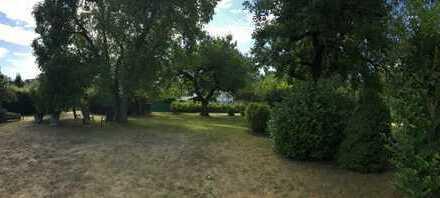 Idyllisches Baugrundstück in Mariendorf - Britzer Garten um die Ecke