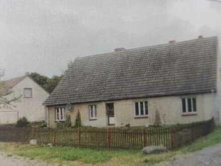 *** Sanierungsbedürftiges Siedlungshaus in Gribow zu verkaufen ***