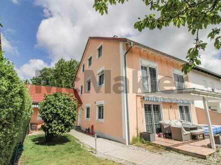 Moderne Doppelhaushälfte mit Einliegerwohnung und Doppelgarage in Schrobenhausen