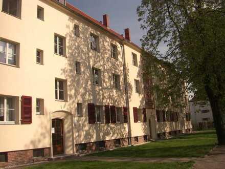 effizient geschnittene 3-R-Wohnung, grün gelegen und gut angebunden zur Kapitalanlage