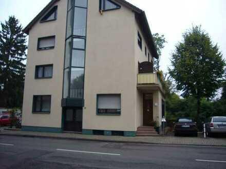 Schöne drei Zimmer Wohnung in Euskirchen (Kreis), Euskirchen