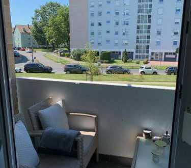 Top Eigentumswohnung 3-Zimmer mit Einbauküche, Balkon und Kellerabteil