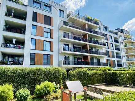 Großzügige, lichtdurchflutete 3 Zimmer Wohnung mit zwei Balkonen direkt am Florapark in Unterbilk