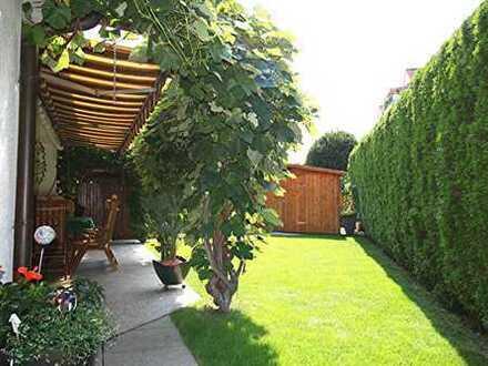 *** Repräsentatives EFH mit ELW und herrlichem Garten in 1A Wohnlage ***