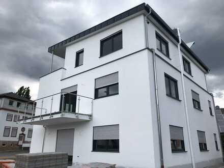 Zentrale 3-Zimmer-Wohnung mit Dachterasse in Gelnhausen, 3 min zum Bahnhof