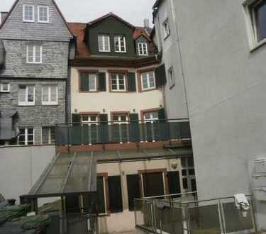 Wunderschönes kleines Haus, 5 ZkBGWC, EBK, Terrasse, mitten in der Mainzer Altstadt
