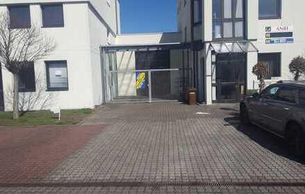 Profi Concept: Repräsentative Bürofläche (ca 225 qm) mit Halle (ca. 310 qm) / Gewerbepark Ober Roden