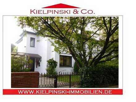 Großzügige Altbau-Villenhälfte mit 6-7 Zi. + viel Potenzial nahe Eichtalpark!