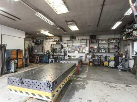 Werkstattraum mit Ausstattung für Metallbearbeitung