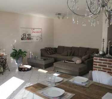 Gepflegte 4-Zimmer-Maisonette-Wohnung mit Balkon in Weilerswist