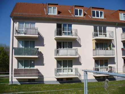 Schöne 2 Raum Wohnung mit Balkon in ruhiger Wohnlage zu vermieten