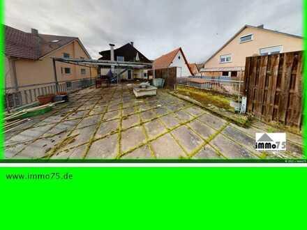 frisch renovierte 6 Zimmer Wohnung 80 qm Terrasse 2 Bäder