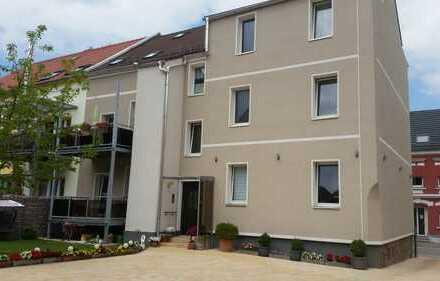 Vollständig renovierte 4-Zimmer-Wohnung mit Balkon in Zwickau